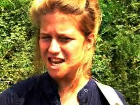 Selah Sue - Raggamuffin - Accoustic Outdoor Session