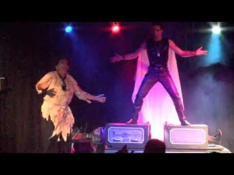 Kiwi Horror Illusionist, Andre Vegas . chainsawed in half illusion. thumbnail