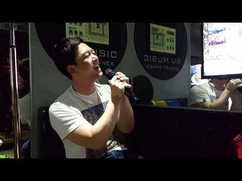 노래방에서 행하는 청각폭력
