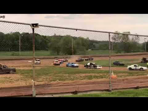 4 cylinder hot laps Ohio valley speedway