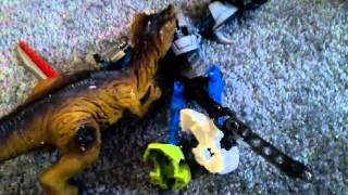Бій живих іграшок