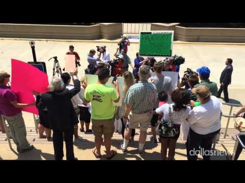 McKinney protesters urge Texas AG Ken Paxton to resign