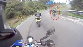 Video Un vélo met la honte aux motos ! download MP3, 3GP, MP4, WEBM, AVI, FLV Desember 2017