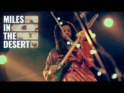 Yossi Fine & Ben Aylon // Miles In The Desert (Live)