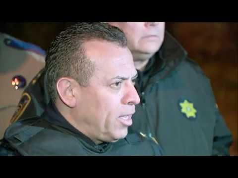 Suspect dead, 3 officers shot in Houston
