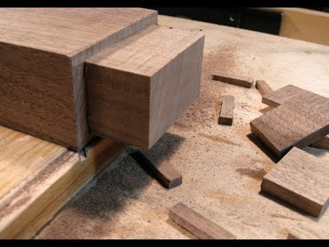 Woodworking joints by hand the architect 39 s table part for Table joints