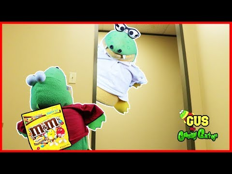 Johny Johny Yes Papa Nursery Rhymes Song for kids with Gus the Gummy Gator