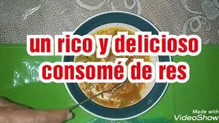 Consomé de res con arroz rojo