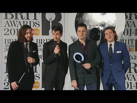 Brits 2014 Winners Room: Arctic Monkeys' AWKWARD interview backstage
