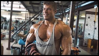 CLASSIC Chest & Triceps Workout with RoadToGlory Jil