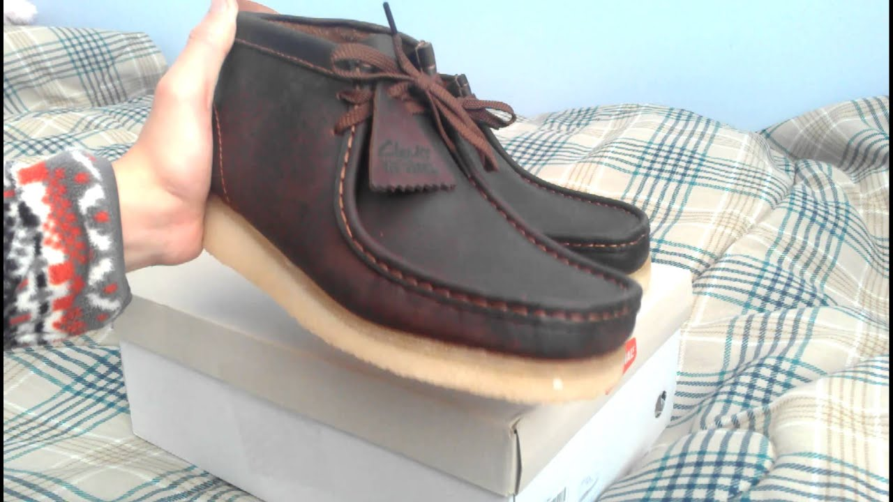 4c8b692c65e Clarks Wallabee Boot Beeswax Leather Chukka Review Crepe Soles - YouTube