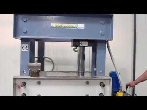 Bernardo workshop press 100 T garage pers werkstatt presse MACH4METAL