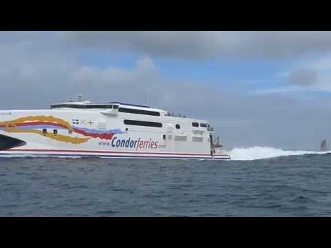 Condor Ferry, Guernsey, stern wave