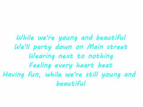 Carrie Underwood - We're Young and Beautiful Lyrics