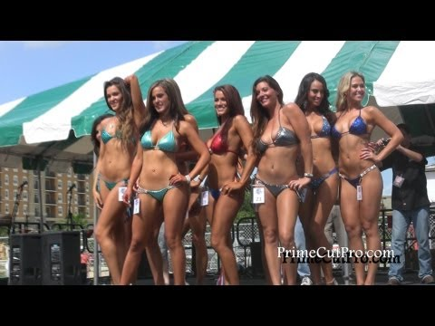 Miss Super Boat Bikini Contest 2013