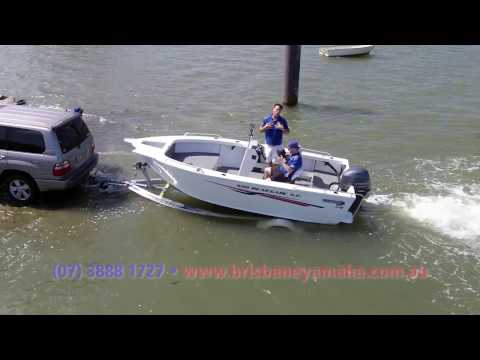 How To Safely Drive Your Boat Onto Your Trailer + Trailer Catch And Release