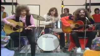 Repeat youtube video The Move - Tonight - Whittaker's World Of Music 1971