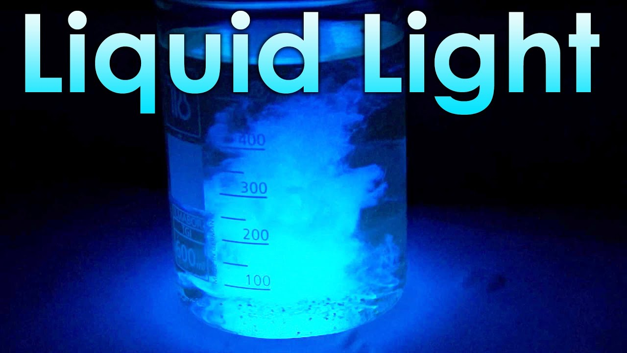 Liquid Light Chemical Reaction With Luminol Youtube