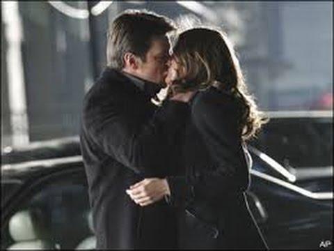 Castle & Beckett-Caskett kisses