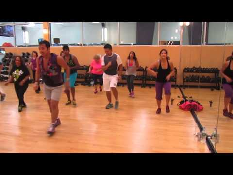 JOHN LAYSECA ZUMBA ......Vivir mi Vida by Marc Anthony Videos De Viajes