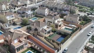 Vídeo reportaje con dron en casa independiente en Paraíso Arenal (Córdoba)