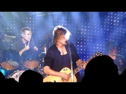 All That You Are - Goo Goo Dolls Live HD Reno, NV 8/25/2011