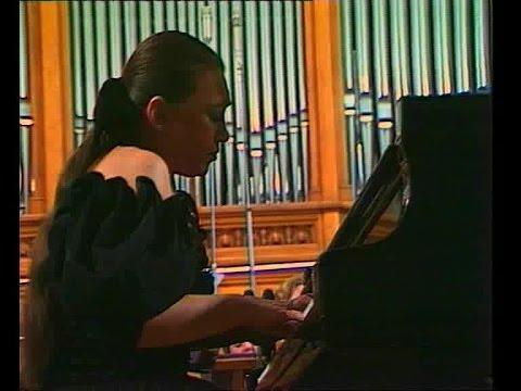 Viktoria Postnikova plays Strauss Burleske - video 1989