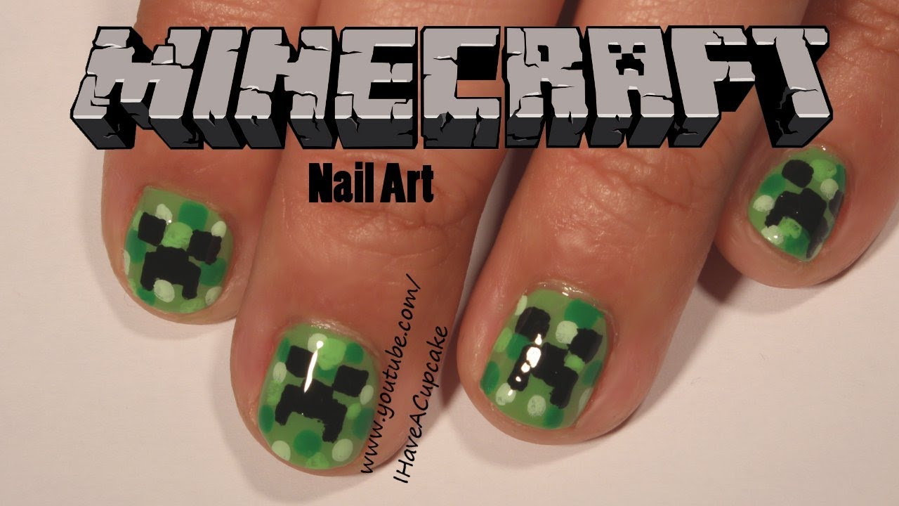 Minecraft Creeper Nail Art