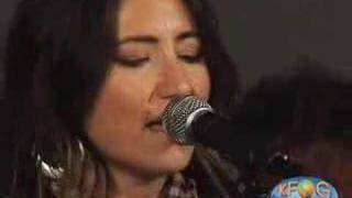 "KT Tunstall, ""Hold On"" - KFOG Archives"