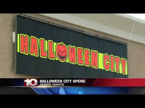 Halloween City Opens At Old Toys R' Us Location