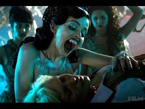 Lesbian Vampire Killers  español