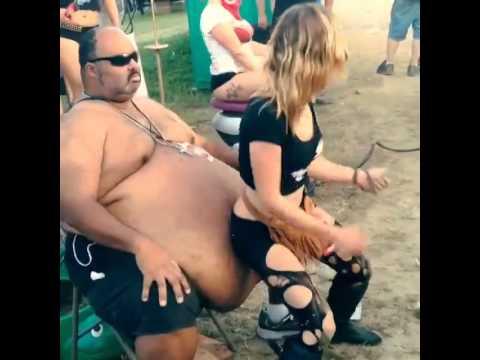 Fat White Girl Twerking