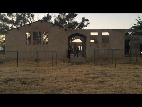 EXPLORING A BURNED DOWN SCHOOL!