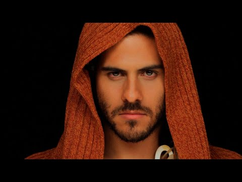 "Karaoke ""Mujeres Divinas"" - Autor: Martín Urieta de YouTube · Duración:  3 minutos 19 segundos"