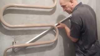 видео Этапы ремонта санузла. Как закрыть трубы гипсокартоном в туалете.
