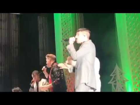 Pentatonix PTX Let it snow & Deck the Halls 12.14.2017 Boston, MA