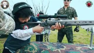 Trẻ con 7 tuổi của Mỹ thi bắn súng đạn thật 2018