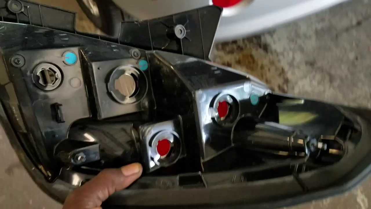 SOLVED: How do you reset the engine light on a Holden - Fixya
