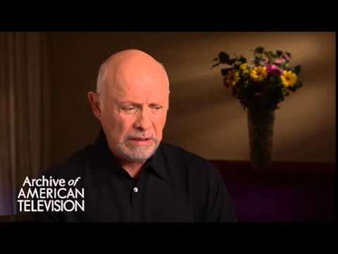 Hector Elizondo discusses what he learned from Lee Marvin - EMMYTVLEGENDS.ORG