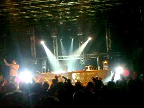 Audio Bullys - Eq-ing live Fleda RBMA