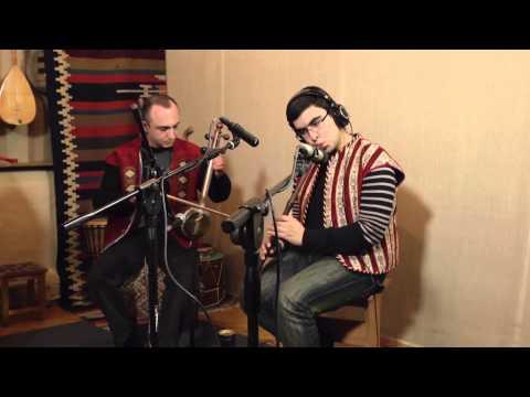 GATA Band Feat. Andranik Manukyan - Erkinqn Ampe Hovn Anoush Երկինքն ամպե, հովն անուշ