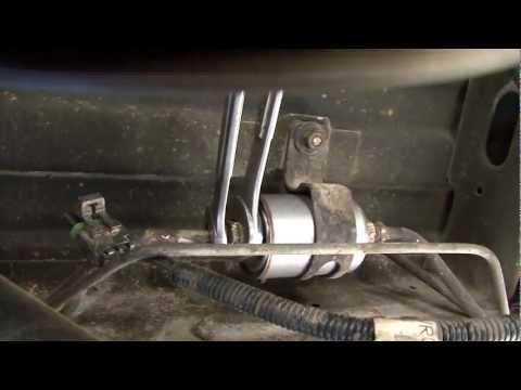 how to change your fuel filter on chevy vans trucks. Black Bedroom Furniture Sets. Home Design Ideas
