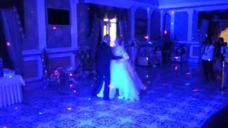 Очень красивый первый танец под  David Bisbal   Cuidar Nuestro Amor