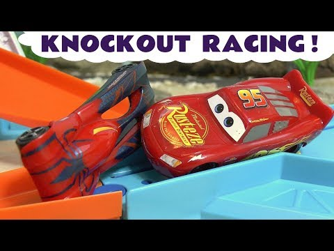 Disney Cars Toys McQueen knockout race with Avengers Hulk Spiderman Iron Man Batman & The Flash TT4U