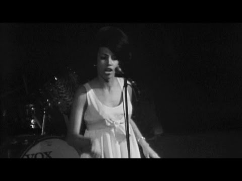 Marva Whitney Performs - James Brown at the Boston Garden Extended Edition (Live)