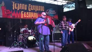 Flavio Longoria & The Conjunto Kingz at Tejano Conjunto Festival 2015