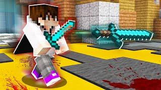 LUCKIEST THROWING KNIFE KILL ACROSS THE MAP! (Minecraft Murder Mystery)