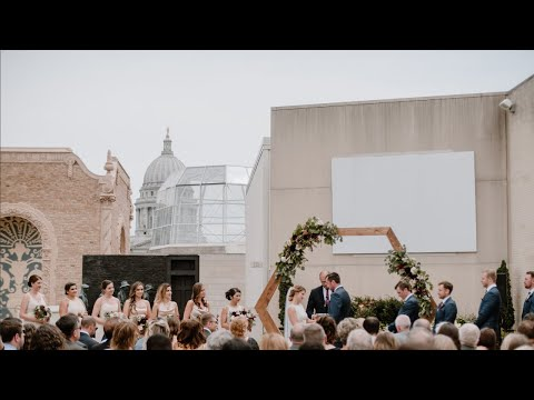 most-stunning-rooftop-wedding-we've-filmed-|-madison-museum-of-contemporary-art-and-orpheum-theatre