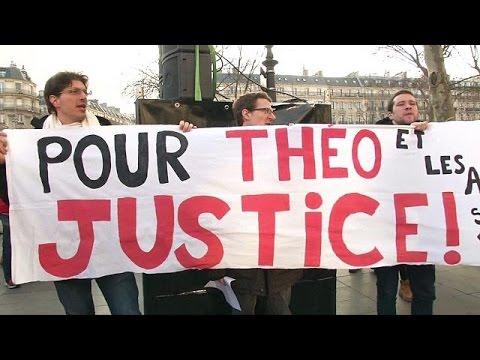 تواصل المظاهرات في فرنسا ضد الشرطة بعد اغتصاب مفترض لشاب أسود