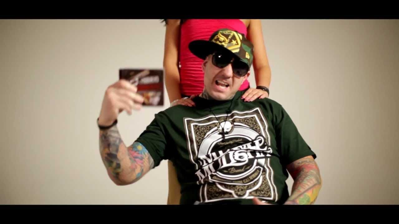 Mr Busta Nem Maradtok Versenyben Official Music Video